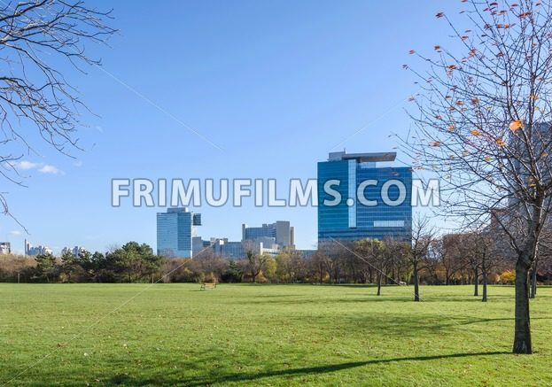 View on the park and financial district in Vienna - frimufilms.com